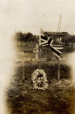 Colonel Barnett-Barker's Grave. | RBKC Local Studies