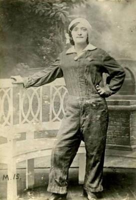 Lottie Meade - Munitions Worker | Imperial War Museum